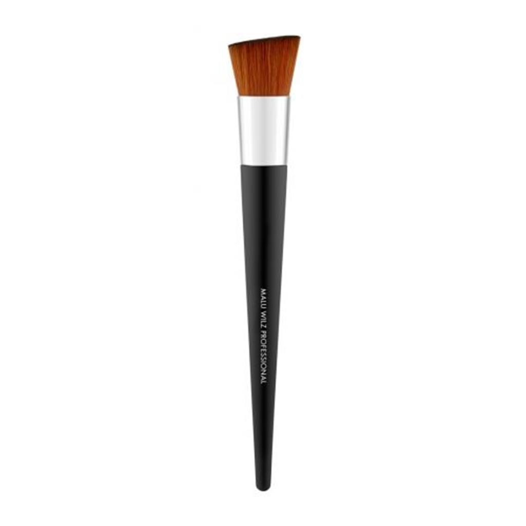 malu-wilz-foundation-brush