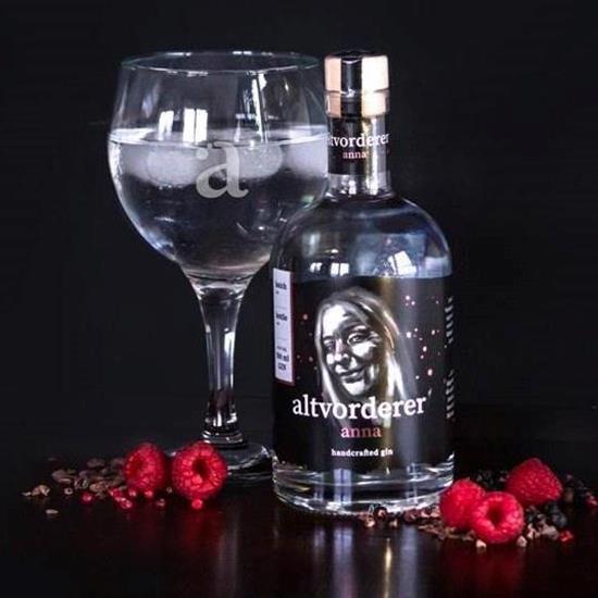 Bild von altvorderer - Gin anna / 41% Vol. - Mit einem Fokus auf Kakao, Cranberries und Himbeeren - 0,5 l